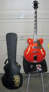 FS/FT Eastwood Classic 4 short scale bass with case and amp