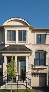 Luxurious Executive Townhouse In Port Credit For Lease