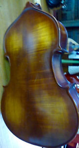3/4 bass, upright, double, padded bag and bows 204-779-4090