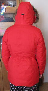 NORTH FACE Quality Women's down winter jacket Red Gatineau Ottawa / Gatineau Area image 2