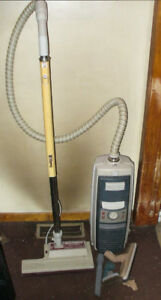 Electrolux le, vacuum with replacement hose,Working