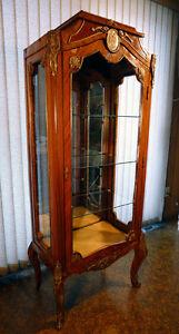 Cabinet Antique (Estimé à Plus de 75 ans)
