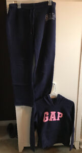 ladies size medium gap track suit
