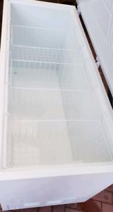 Westinghouse 700L Chest Freezer 700 litre Freezer