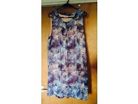 Dress size 16 / 18