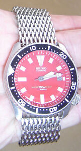 SEIKO 7002-7000 DATE STAINLESS STEEL AUTOMATIC MENS DIVER WATCH