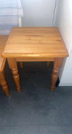 2 pine tables