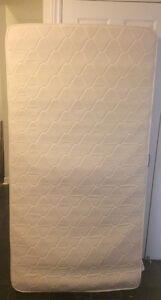 Single spring mattress for sale