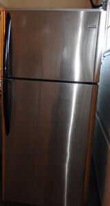 SS Kenmore Fridge in Excellent Condition