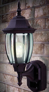 Heath Zenith Front Lantern with Motion Sensor and Dusk-to-Dawn