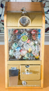 Vintage Candy machine / Toy machine