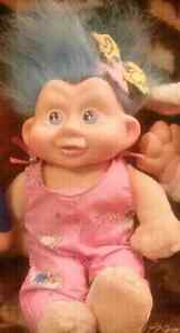 Vintage applause baby troll doll