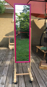 Full-Length Portable Mirror Opens for Storage!