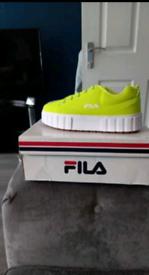 Fila Sandblast Low Shoes Yellow UK Size 5