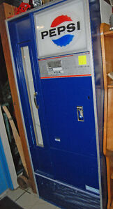 Vintage Pepsi Vendorlator Pop vending machine - lights up