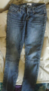 2 Pair Of Jeans ...American Eagle And Garage ... Sizes 0 And 15$