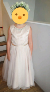 Robe bouquetiere 8ans