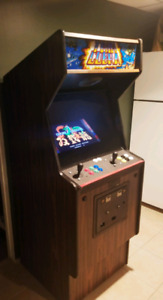 80s arcade with 7000 games
