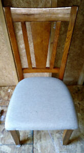 Solid Oak Table & 6 chairs - obo