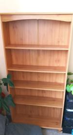 2 x standing shelves
