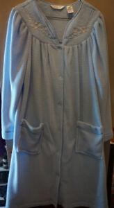 NEW ladies housecoat