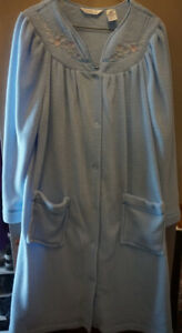 New womens' housecoat