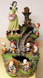 Snow White and the Seven Dwarfs Water Fountain