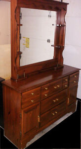 SOLID WOOD DRESSER WITH MRROR