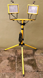 Halogen work lights on adjustable stand twin lamps