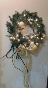 """20"""" wreath with lights and many shiny Christmas balls, pretty"""