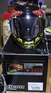 ICON airmada Chainbrain helmet (like new)