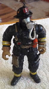 CHAP MEI FIREMAN ACTION FIGURE WITH OXYGEN MASK 4""