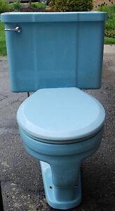Used Powder Blue Toilet London Ontario image 2