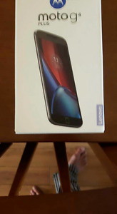 MOTOROLA G4 CELL STILL IN BOX BRAND NEW NEVER TOUCHED