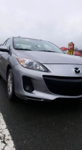 2012 Mazda 3 GS Sky. Fully loaded