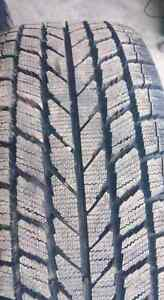 Winter tire toyo observe garit kx 2 month used