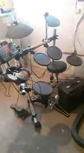 Yamaha electric drum set $550 firm-  SOLD