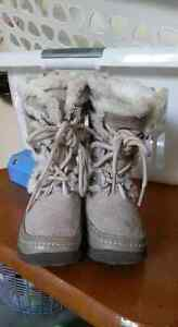 Nine West toddler size 5 winter boots