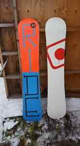2 snowboards or take then separate  Prince George British Columbia image 2