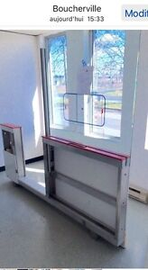 Hockey SAFETY GLASS SYSTEM FOR ARENA NEW SPEC 6 ft height