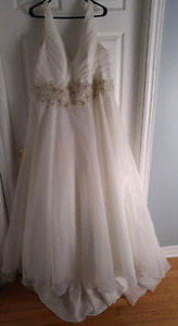 PRICE DROP!  Wedding Dress Size 24