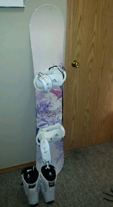 Snowboard binding and boot package
