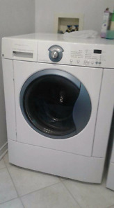 Laveuse-secheuse   Washer-dryer