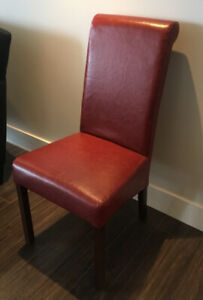 6 Dining Room Chairs - Excellent Condition