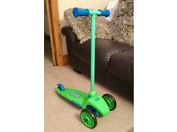 Little Tikes Lean to Turn Scooter - Green and Blue RRP £29.99