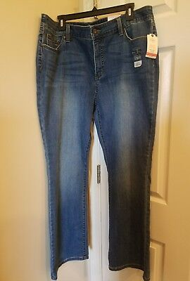 NWT Ladies Bootcut Leg Jeans, sz 18, ST JOHNS BAY, MID-RISE, BUILT IN SLIMMING  for sale  Shipping to India