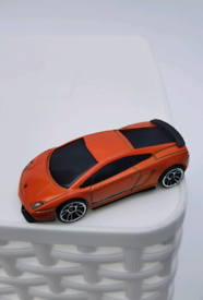 Hot wheels Lamborgini Gallardo toy