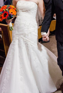 Size 10 Ivory wedding gown