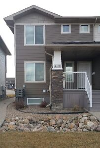 Aug 1st -Executive Two-Story Townhouse Condo w/attached Garage