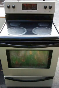***FRIGIDAIRE ELECTRIC STOVE***